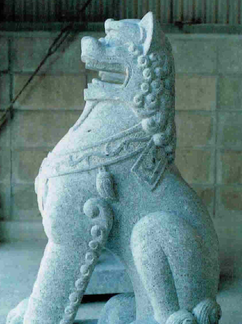 old-stone-sculpture118