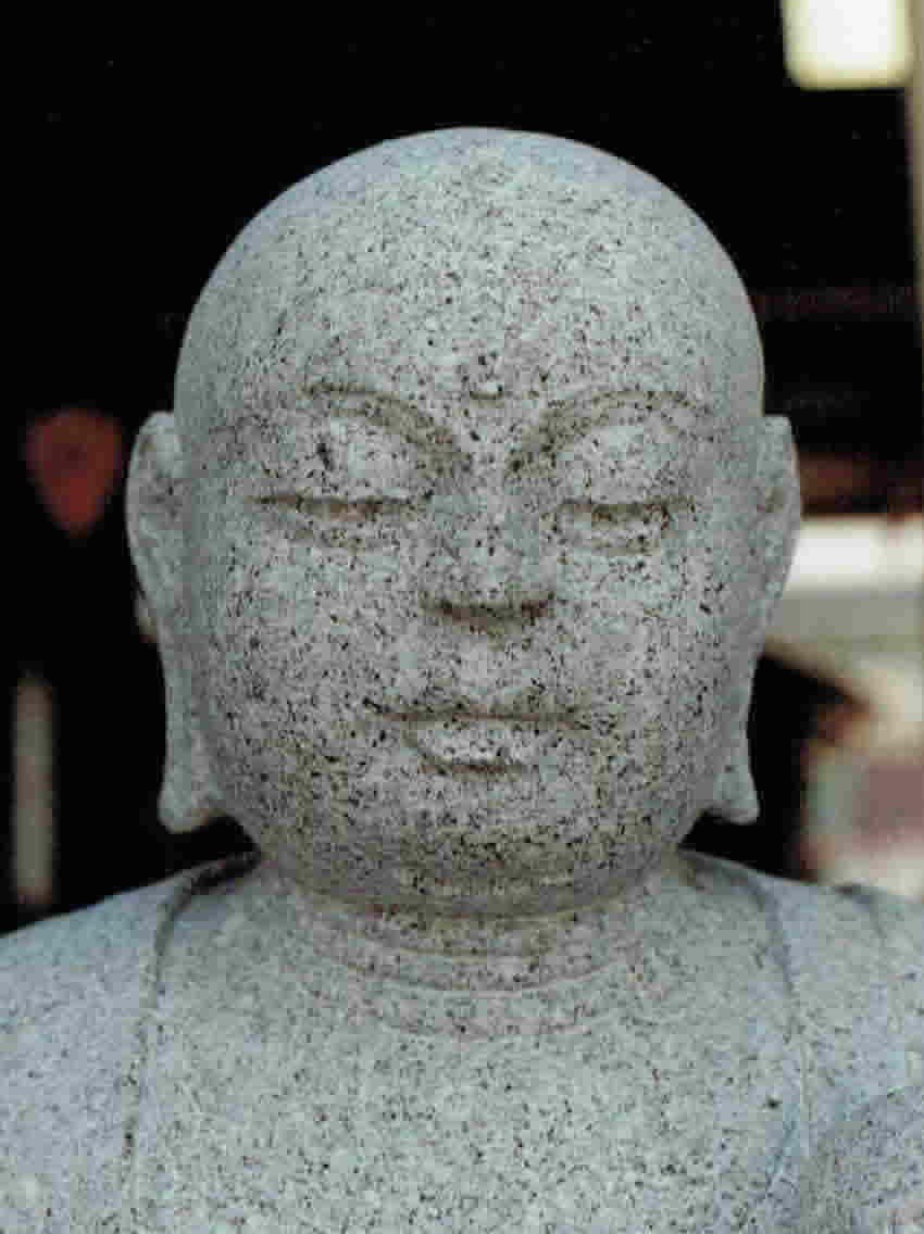 old-stone-sculpture152